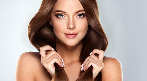 Usługa pielęgnacji włosów w salonie fryzjerskim